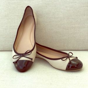 Banana Republic Leather Bow Ballet Flats